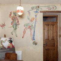 6. Η Οικία Βενιζέλου στα χρόνια της κατοχής χρησιμοποιήθηκε ως στρατηγείο και κατοικία του εκάστοτε Γερμανού Διοικητή. Το 1942 δημιουργήθηκαν από τους Γερμανούς οι τοιχογραφίες που παραμένουν ως σήμερα. / Venizelos' residence was used as headquarters and residence for the German Governor, during the occupation. The wall paintings were created by the Germans in 1942.