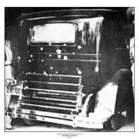 65. Το αυτοκίνητο του Ελευθερίου Βενιζέλου μετά την εναντίον του δολοφονική απόπειρα του 1933. / Eleftherios Venizelos' car after the assassination attempt against him on 1933.