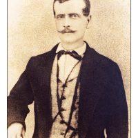 3. Ο πατέρας του, Κυριάκος Βενιζέλος. / His father, Kyriakos Venizelos.